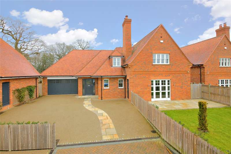 4 Bedrooms Detached House for sale in The Cloisters, Wood Lane, Stanmore, HA7