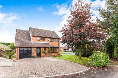 4 Bedrooms Detached House for sale in Osprey Avenue, Westhoughton, Bolton, Greater Manchester, BL5