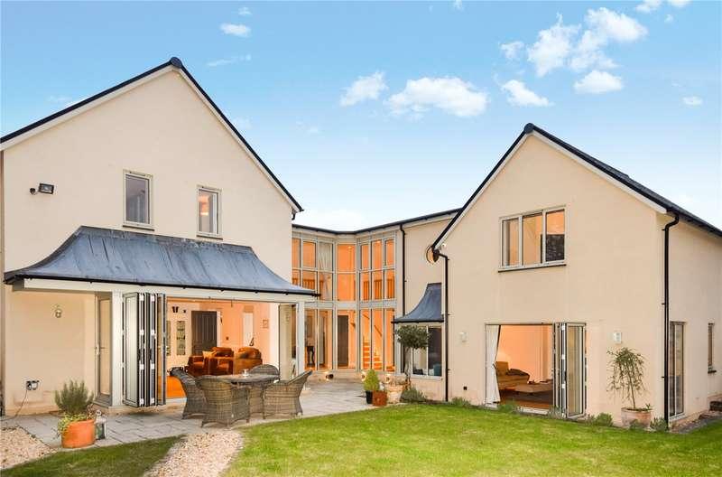 3 Bedrooms Detached House for sale in Lovers Walk, Wells, Somerset, BA5