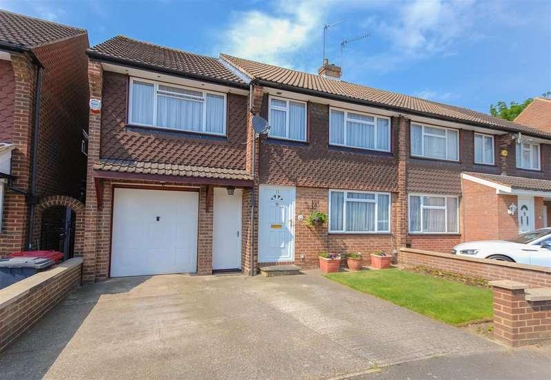 4 Bedrooms Semi Detached House for sale in Mallard Drive, Cippenham