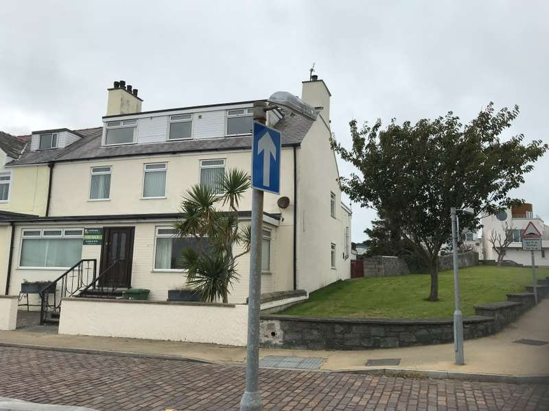 10 Bedrooms Hotel Commercial for sale in Marine Lodge, Marine Square, Holyhead, Isle Of Anglesey, Isle of Anglesey