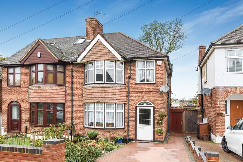 3 Bedrooms Semi Detached House for sale in Hillfield Avenue, Hitchin, SG4
