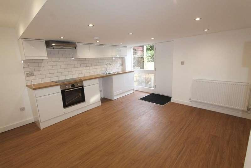 1 Bedroom Ground Flat for sale in High Street, Paulton
