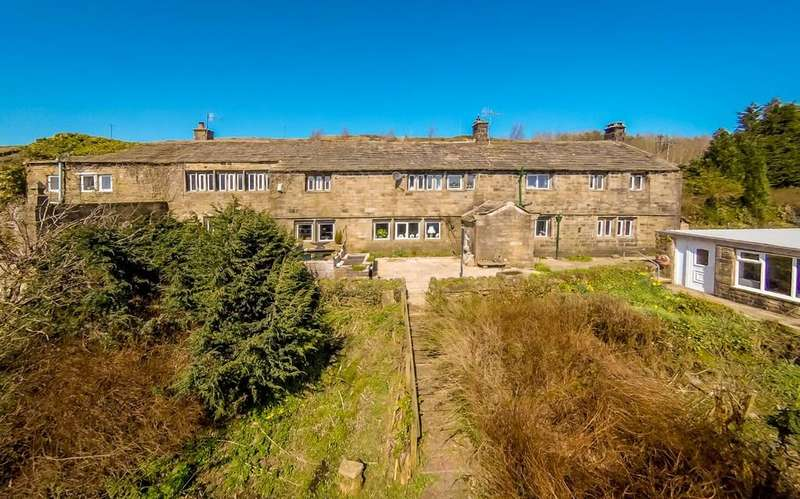 5 Bedrooms Detached House for sale in Oldfield, Near Haworth