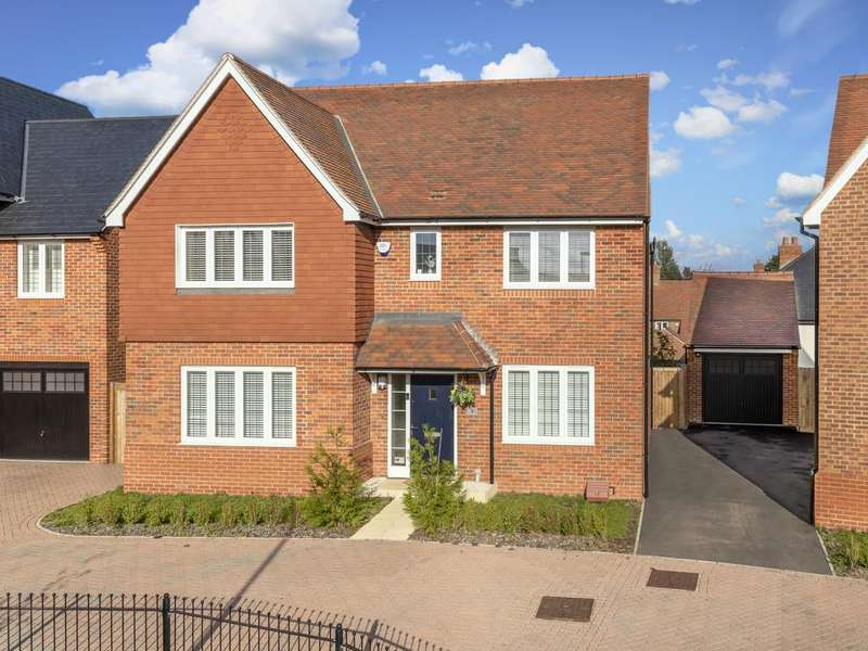 5 Bedrooms Detached House for sale in Johnston Street, Gilston