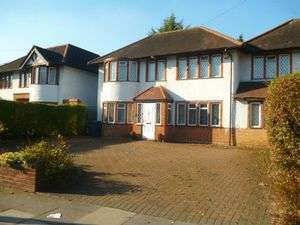 4 Bedrooms Property for sale in Hale Lane, Mill Hill