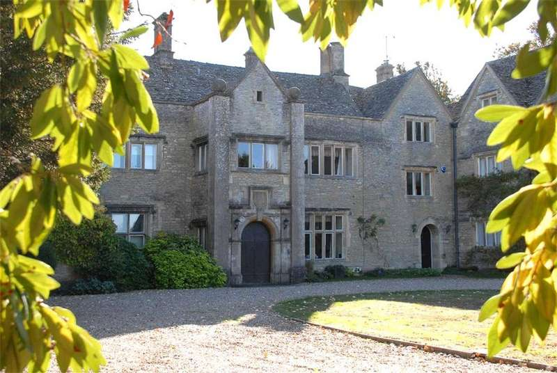 4 Bedrooms Terraced House for sale in Coln Manor, Coln St. Aldwyns, Cirencester, GL7