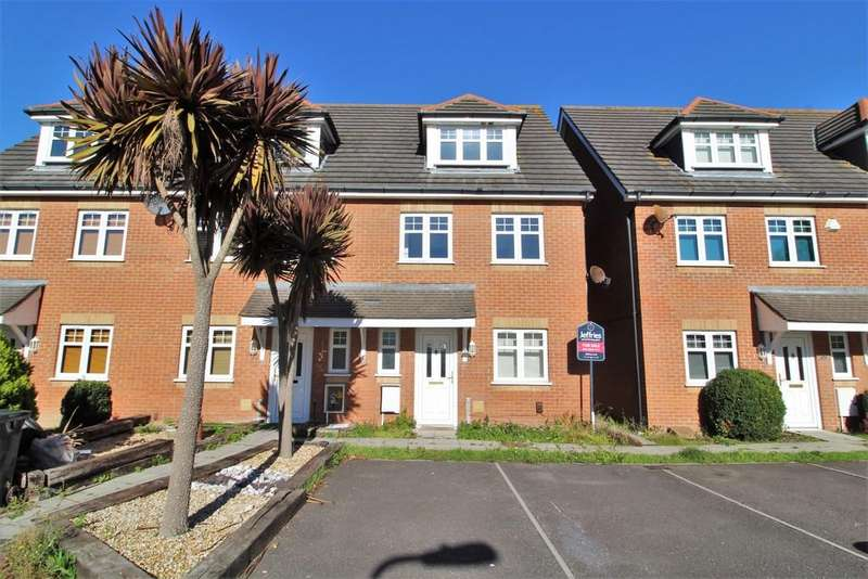 4 Bedrooms Town House for sale in Oakdene Road, Southsea