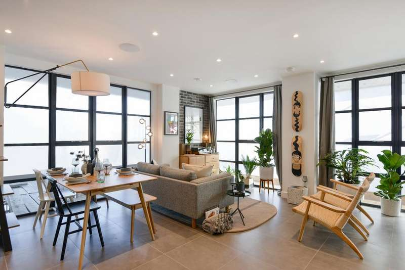 2 Bedrooms Apartment Flat for sale in Bagel Factory, Hepscott Road, E9