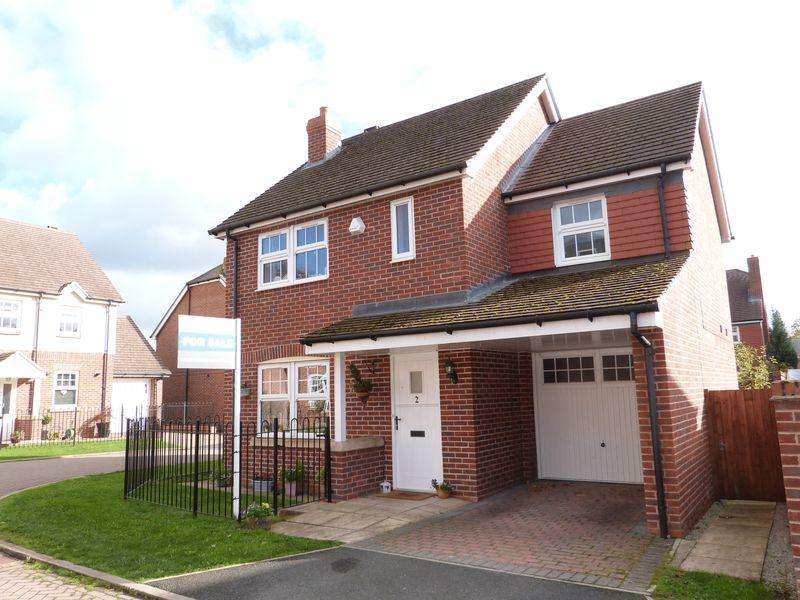 3 Bedrooms Detached House for sale in Whittaker Close, Congleton, Cheshire CW12 1LW