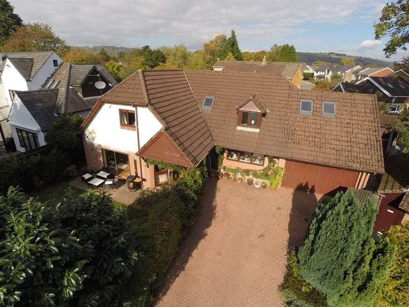 5 Bedrooms Detached House for sale in Mill Road, Lisvane, Cardiff