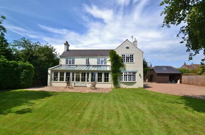 5 Bedrooms Detached House for sale in Main Street, Bleasby, Nottingham