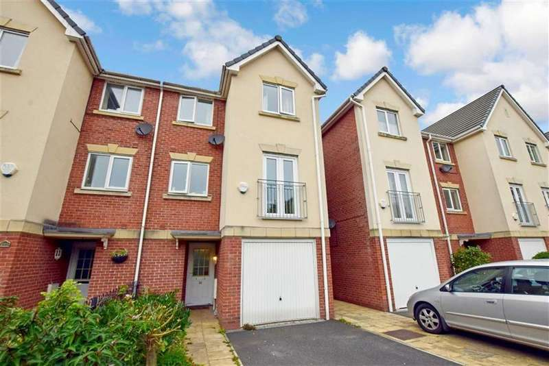 4 Bedrooms Town House for sale in The Moorings, Sale, M33