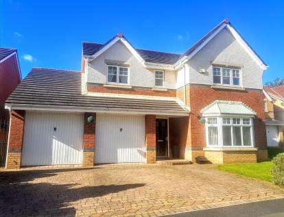 4 Bedrooms Detached House for sale in St Cuthbert Avenue, Marton-In-Cleveland, Middlesbrough, .