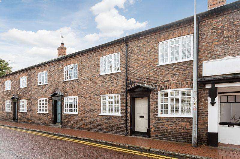 2 Bedrooms Town House for sale in Pillory Street, Nantwich
