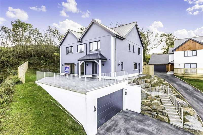 5 Bedrooms Detached House for sale in Rectory Square, New Quay, Ceredigion