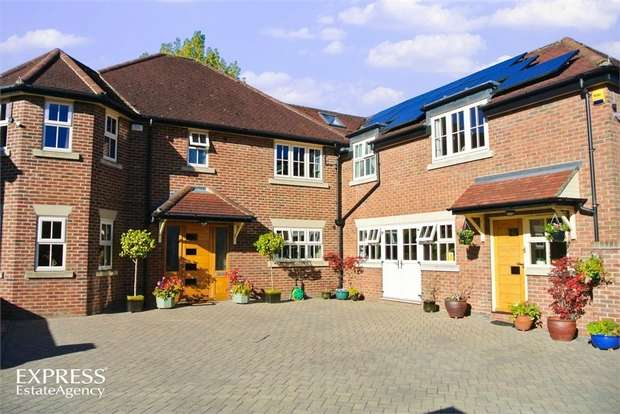 5 Bedrooms Detached House for sale in Collier Close, North Ferriby, East Riding of Yorkshire