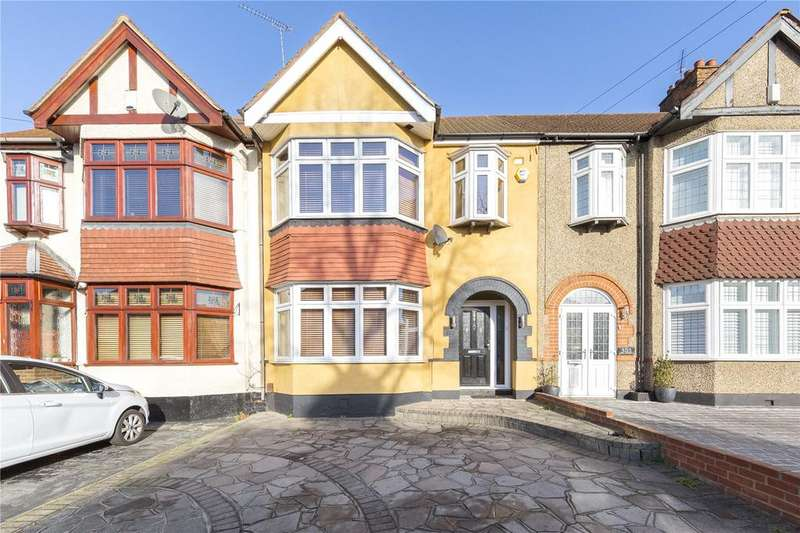 3 Bedrooms Terraced House for sale in Osborne Road, Hornchurch, RM11
