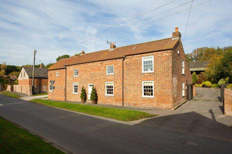 5 Bedrooms Detached House for sale in Main Street, Tibthorpe, Driffield, East Yorkshire, YO25