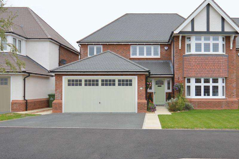 4 Bedrooms Detached House for sale in Birket Drive, Widnes