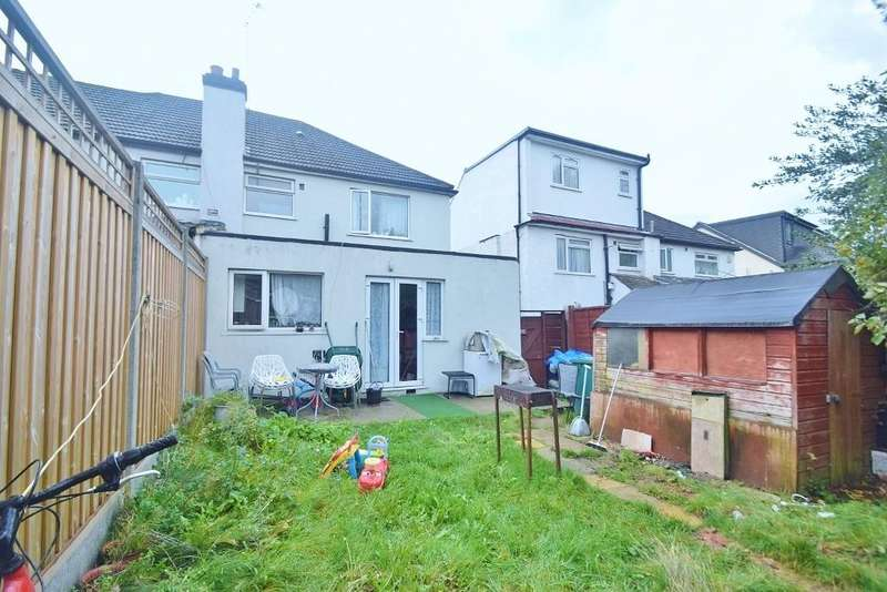3 Bedrooms Semi Detached House for sale in BARFORD CLOSE, HENDON, LONDON, NW4