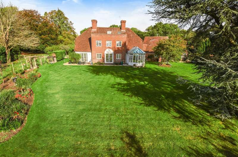 7 Bedrooms Detached House for sale in Shellbridge Road, Slindon Common, BN18
