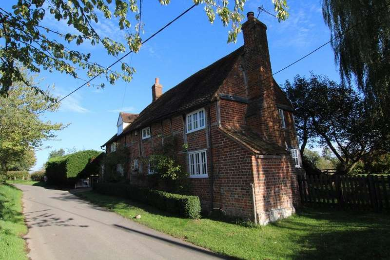 3 Bedrooms Detached House for sale in Paley Street, Maidenhead, Berkshire, SL6 3JT