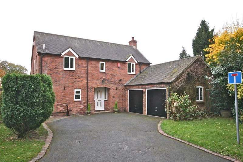 3 Bedrooms Detached House for sale in Priorslee Village, Telford