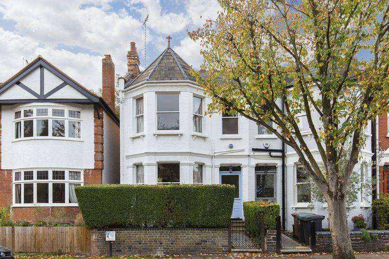 4 Bedrooms End Of Terrace House for sale in Claremont Road, Highgate, N6