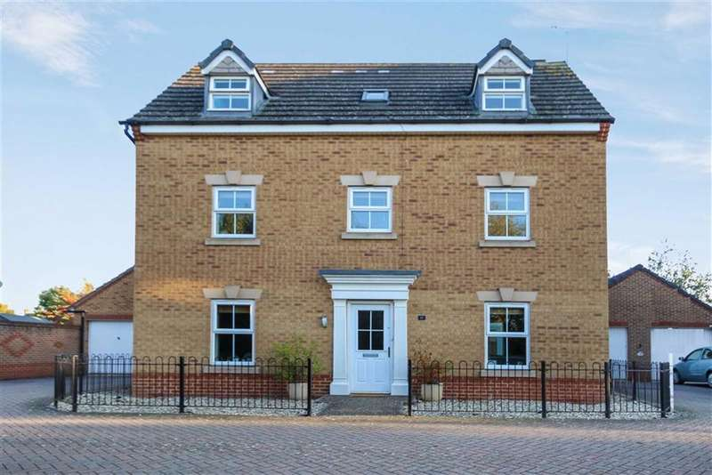 4 Bedrooms Detached House for sale in Queen Elizabeth Drive, Taw Hill, Wiltshire