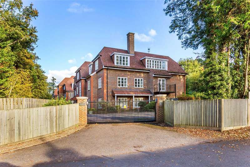 3 Bedrooms Apartment Flat for sale in Evergreen, London Road, Sunningdale, Ascot, SL5