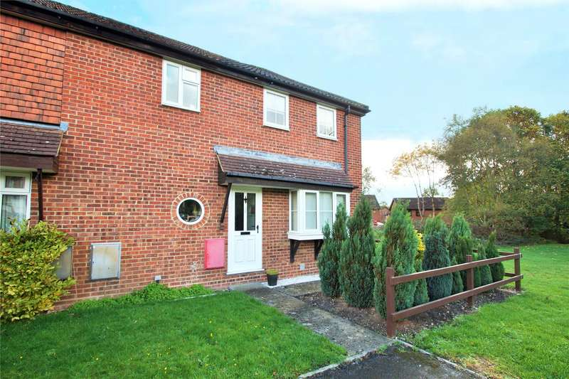 2 Bedrooms Terraced House for sale in Wantage Road, College Town, Sandhurst, Berkshire, GU47