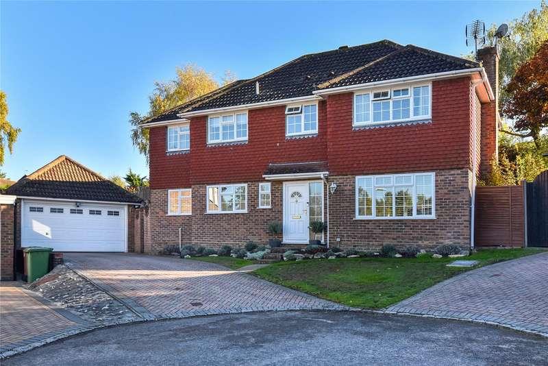5 Bedrooms Detached House for sale in Kirkham Close, Owlsmoor, Sandhurst, Berkshire, GU47