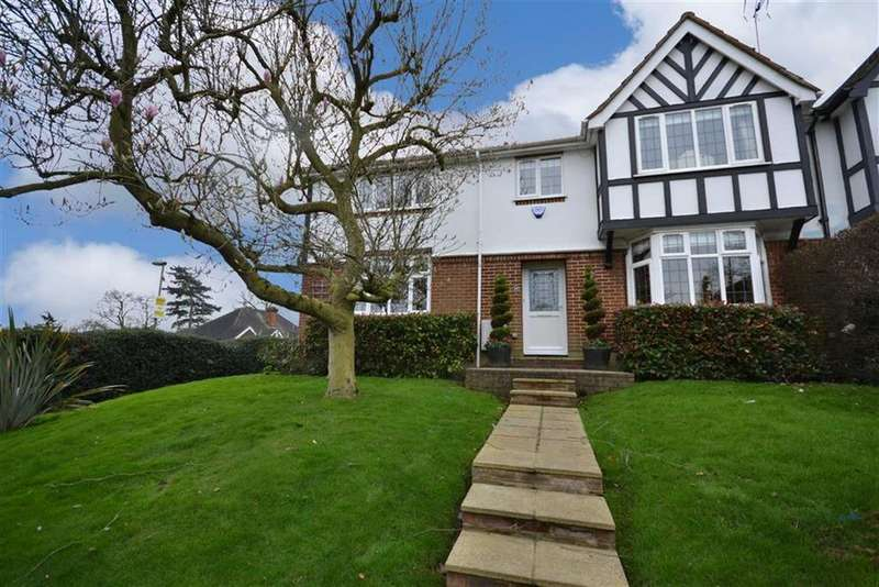 5 Bedrooms House for sale in York Road, New Barnet, Hertfordshire