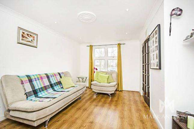 3 Bedrooms Terraced House for sale in Aldbury Mews, London