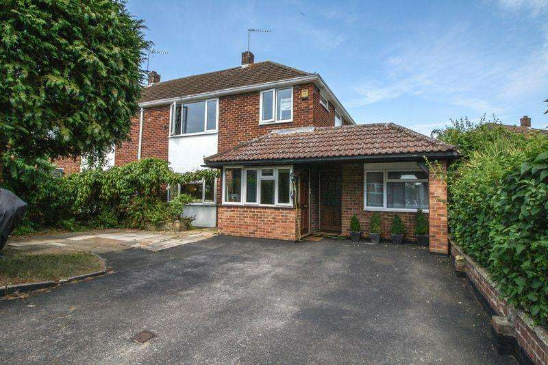 4 Bedrooms Semi Detached House for sale in Cookham - Southwood Road