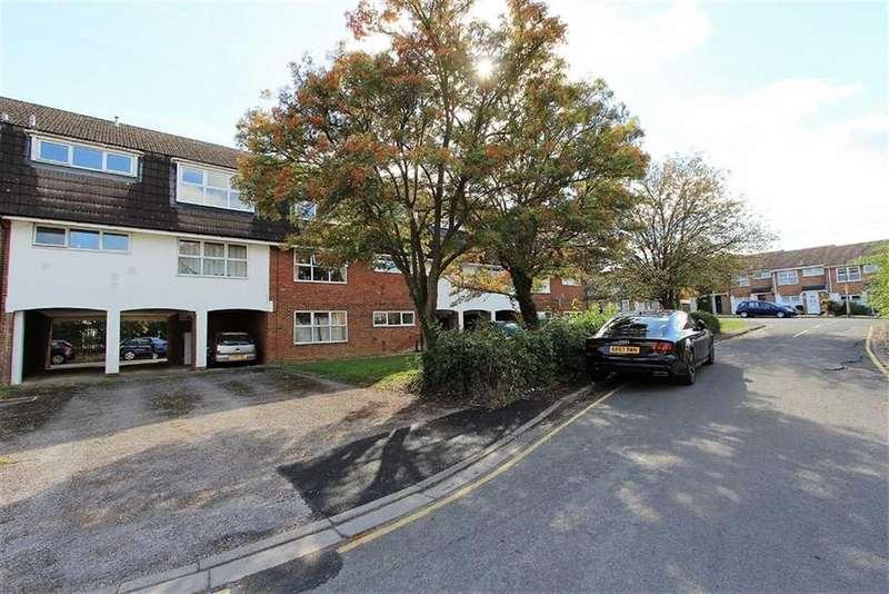 2 Bedrooms Flat for sale in Grasmere Way, Leighton Buzzard