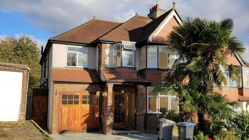 5 Bedrooms Semi Detached House for sale in Hill Crest Gardens, Cricklewood, NW2