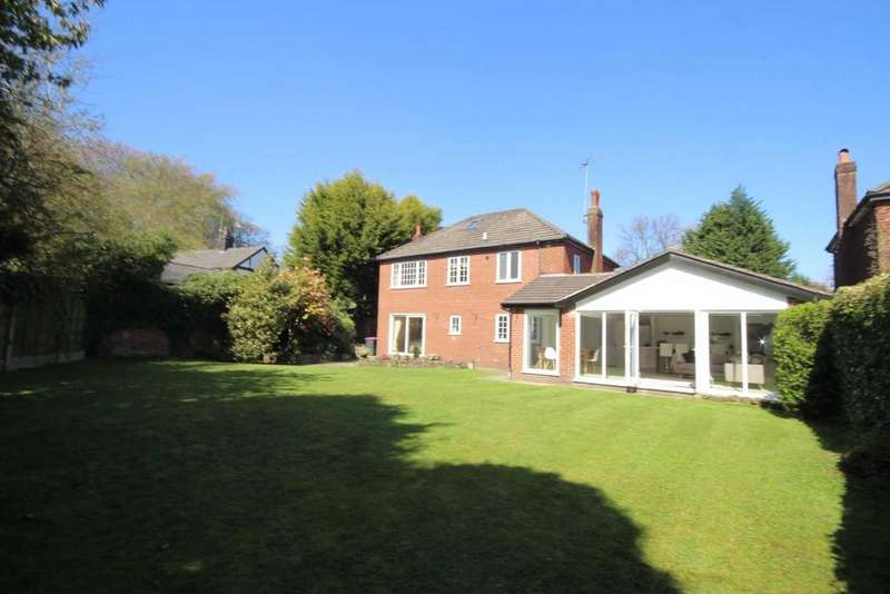 4 Bedrooms Detached House for sale in Aviary Road, Worsley