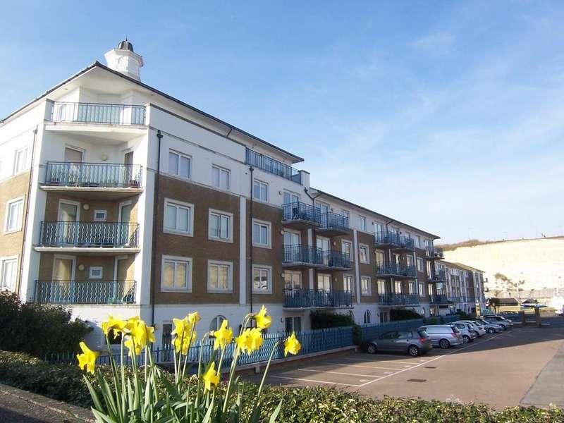 3 Bedrooms Penthouse Flat for rent in Britannia Court, Brighton Marina Village, Brighton