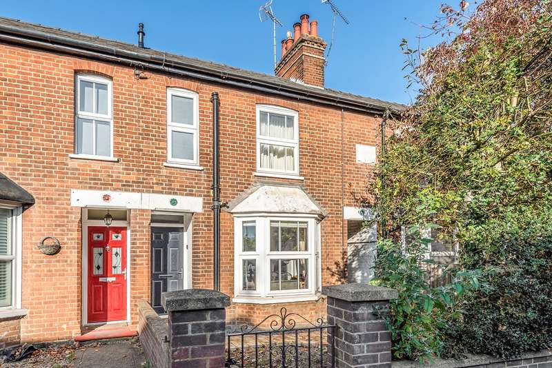 3 Bedrooms Terraced House for sale in Cambridge Road, Hitchin, SG4