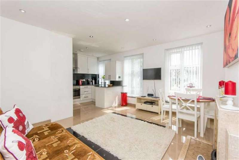 2 Bedrooms Flat for sale in Cecil Road, Harlesden, NW10