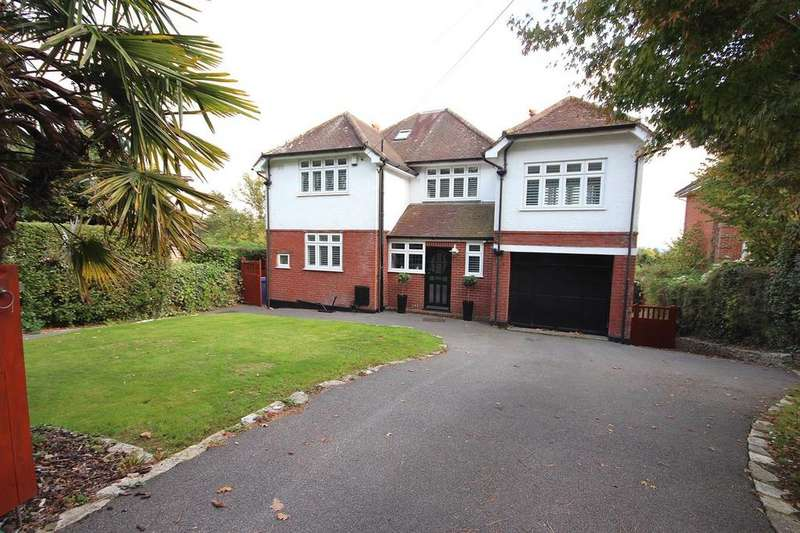 5 Bedrooms Detached House for sale in High Way, Broadstone