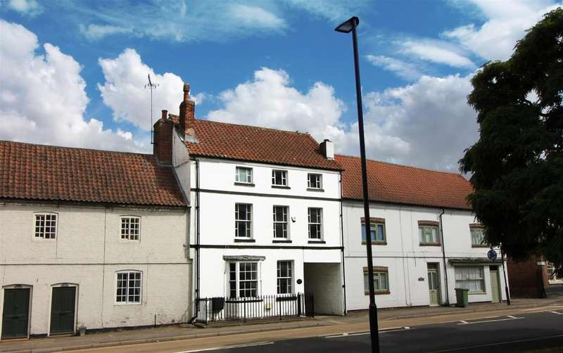 6 Bedrooms Terraced House for sale in Bawtry Road, Blyth