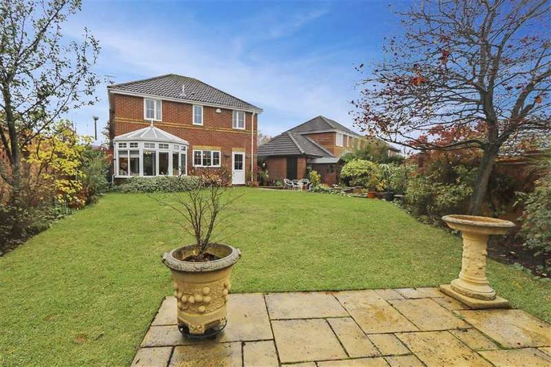 4 Bedrooms Detached House for sale in Tunbridge Grove, Kents Hill, Milton Keynes