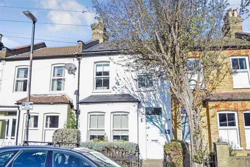 3 Bedrooms Terraced House for sale in Trafalgar Road, Wimbledon