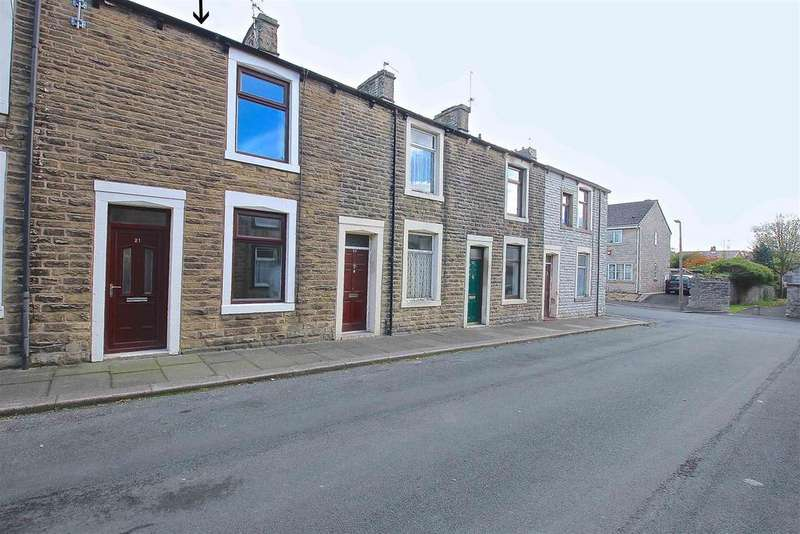 2 Bedrooms Terraced House for sale in Curzon Street, Clitheroe
