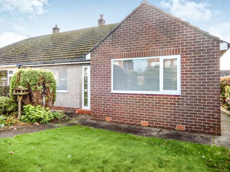 3 Bedrooms Bungalow for sale in 3 Crossings Close, Cleator Moor, Cumbria