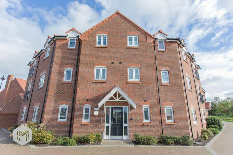 2 Bedrooms Apartment Flat for sale in Sampson Close, Chorley, PR7