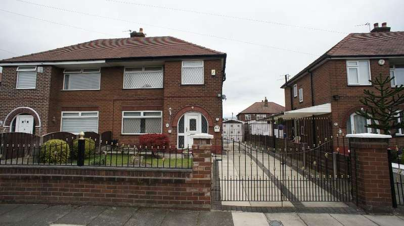 3 Bedrooms Semi Detached House for sale in Malcolm Avenue, Warrington